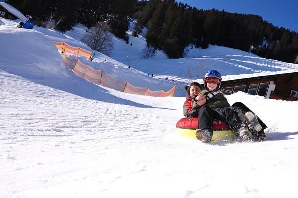 snowtubing-la-pesse-4-256