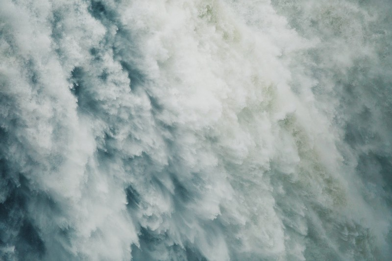 waterfalls-1149944_1920
